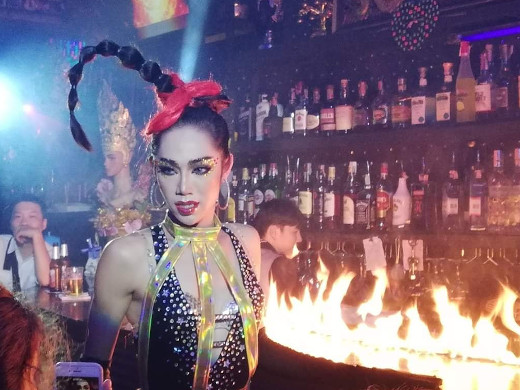 fire show at ram bar gay cabaret in chiang mai